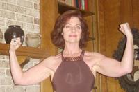 Lisa flexing